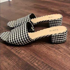 Women's block hill shoes